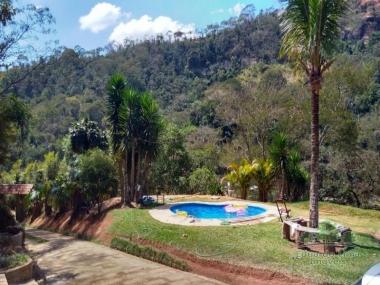 Sitio em Pedro do Rio - Petrópolis - 4 Quartos