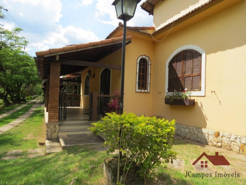 Casa em Petrópolis, Secretário