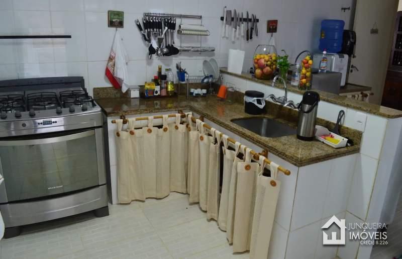 [Cod 575] Casa em Corrêas,Petrópolis - RJ - Junqueira Imóveis