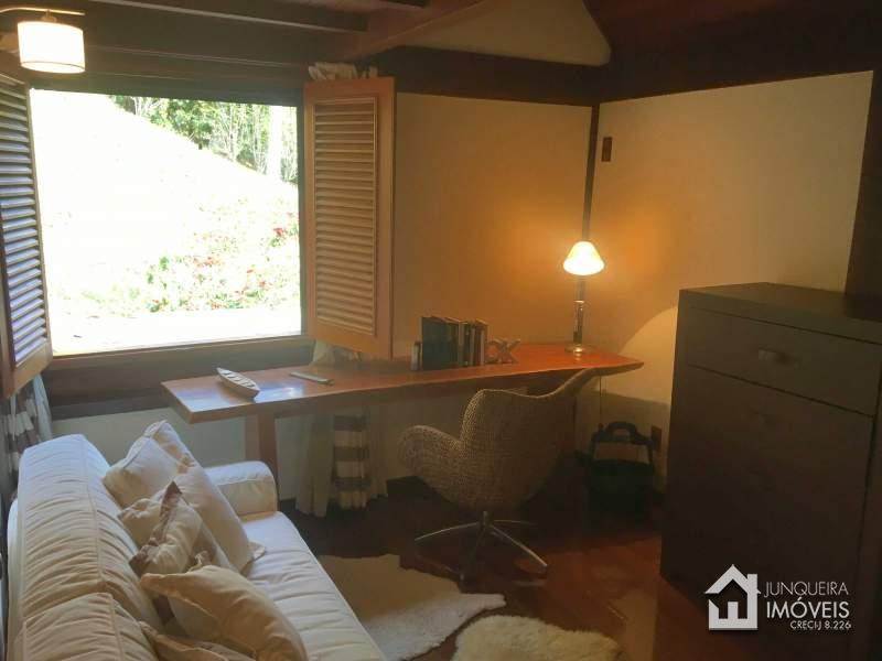 [Cod 576] Casa em Condomínio em Araras,Petrópolis - RJ - Junqueira Imóveis