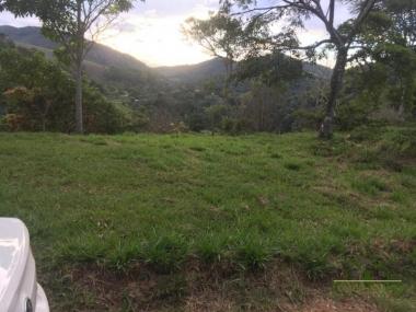 Comprar Terreno Residencial em Petrópolis Vale das Videiras