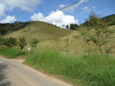 [CI 333] Terreno Comercial em Vale das Videiras - Petrópolis/RJ