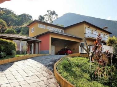[CI 94] Casa em Itaipava, Petrópolis