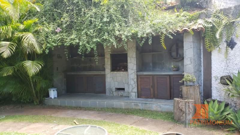 Casa em Petrópolis Nogueira