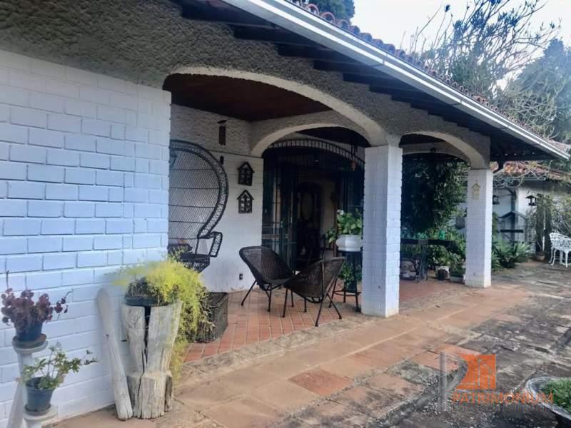 Casa em Petrópolis Samambaia