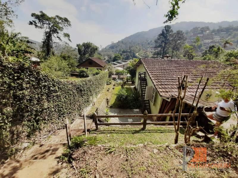 Casa em Petrópolis Duarte da Silveira