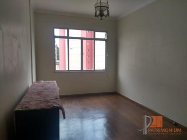Comprar Apartamento em Petrópolis Centro
