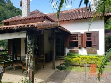 Comprar Casa em Petrópolis Nogueira