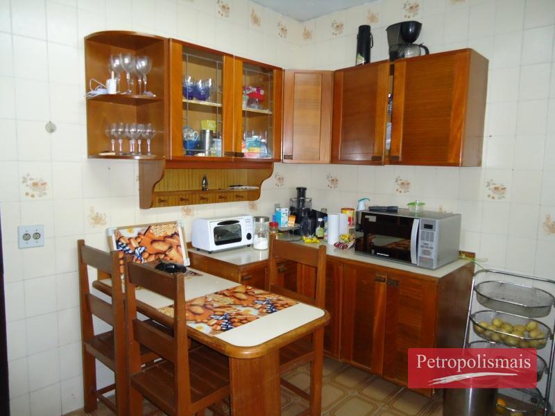 Casa à venda em Castelanea, Petrópolis - Foto 17