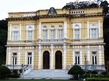 Casa em Vila Militar - Petrópolis/RO