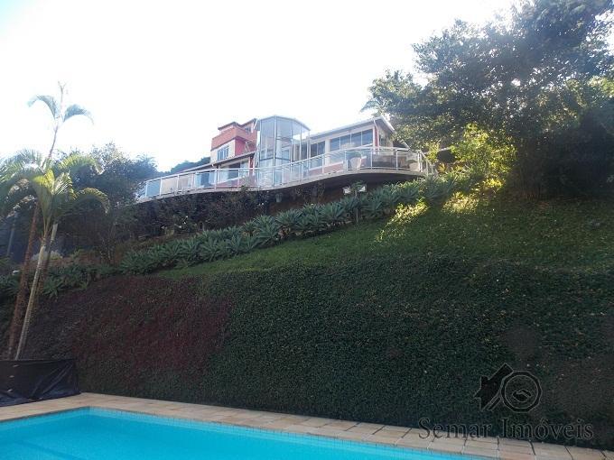 Casa em Petrópolis, Posse