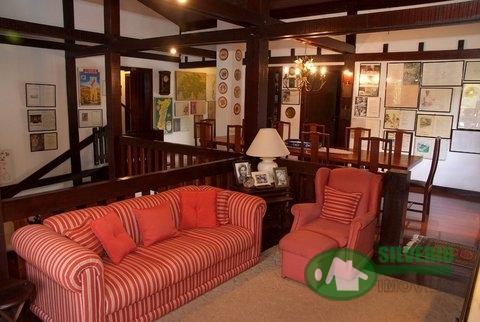 Casa em Fazenda Inglesa  -  Petrópolis - RJ