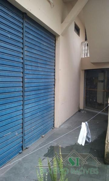 Loja em Mosela  -  Petrópolis - RJ