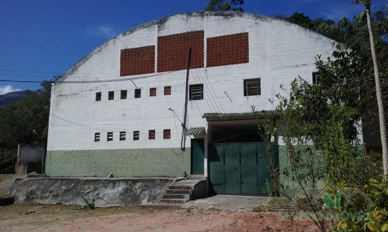Imóvel Comercial à venda ,  para Alugar em Carangola, Petrópolis - Foto 2