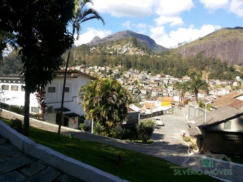Imóvel em Cascatinha  -  Petrópolis - RJ