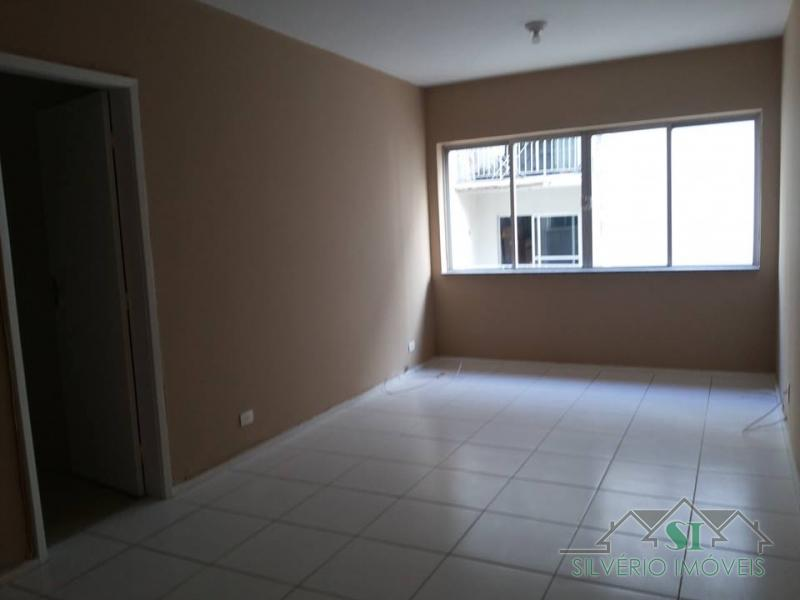 Apartamento em Petrópolis, Centro