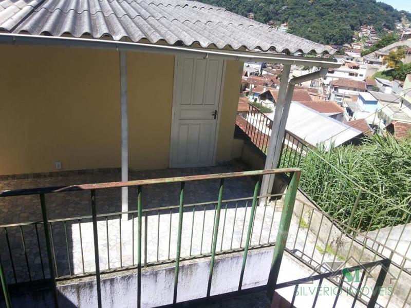 Casa para alugar em Petrópolis, Bairro Castrioto