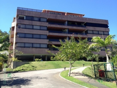 Comprar Apartamento em Petrópolis Bingen