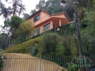 Locação Casa em Petrópolis Quitandinha