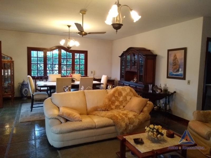 Casa para Alugar  à venda em Bonsucesso, Petrópolis - Foto 17