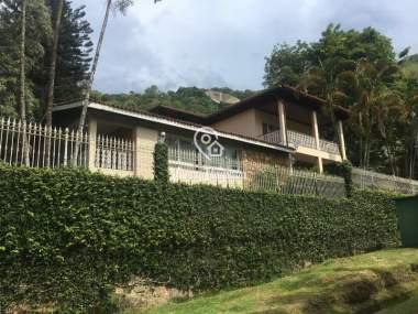[CI 1049] Casa em Corrêas - Petrópolis/RJ