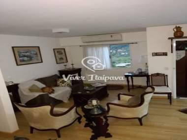 [CI 1110] Apartamento em Nogueira - Petrópolis/RJ