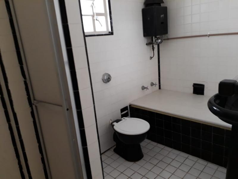 Apartamento para Alugar em Centro, Petrópolis - RJ - Foto 13