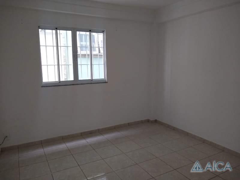 Apartamento para Alugar em Itamarati, Petrópolis - RJ - Foto 1