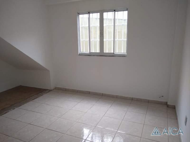 Apartamento para Alugar em Itamarati, Petrópolis - RJ - Foto 2