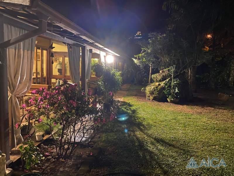 Casa à venda em Nogueira, Petrópolis - RJ - Foto 1