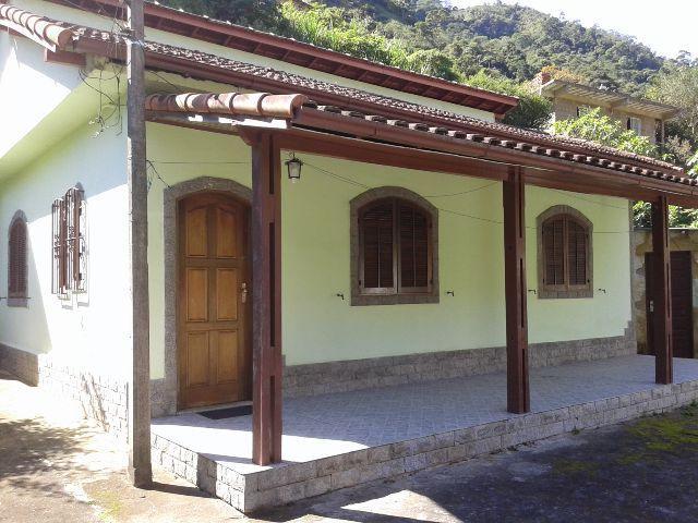 Casa à venda em Itamarati, Petrópolis - RJ - Foto 1