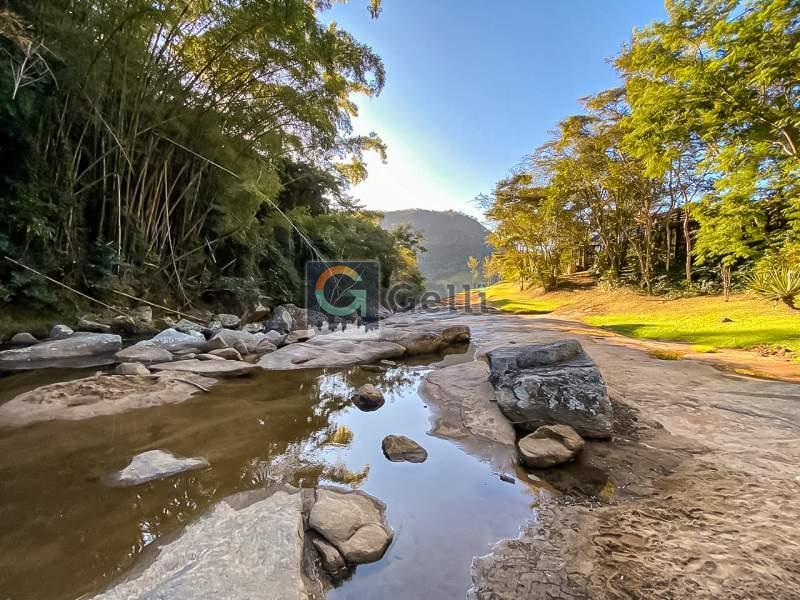 Cobertura para Alugar  à venda em Secretário, Petrópolis - RJ - Foto 9