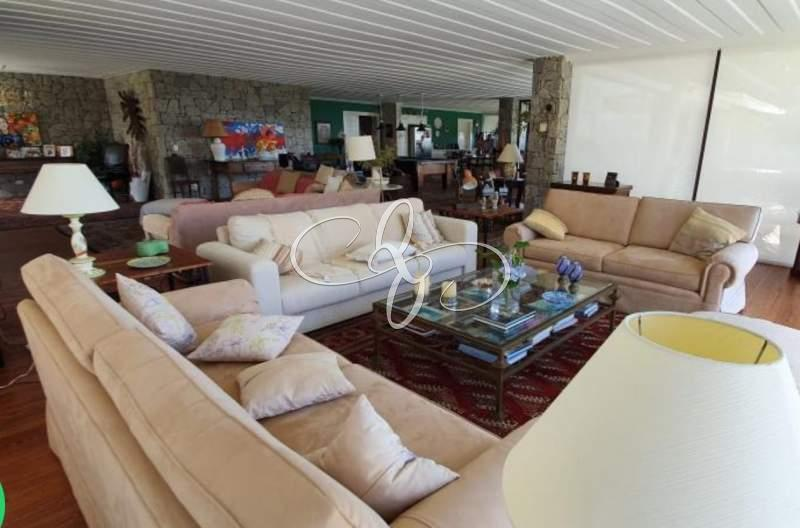 Comprar Casa em Cuiabá, Petrópolis/RJ - Quintais de Itaipava - NEGÓCIOS IMOBILIÁRIOS