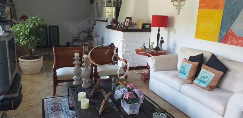 Comprar Casa em Nogueira, Petrópolis/RJ - Quintais de Itaipava - Negócios Imobiliários