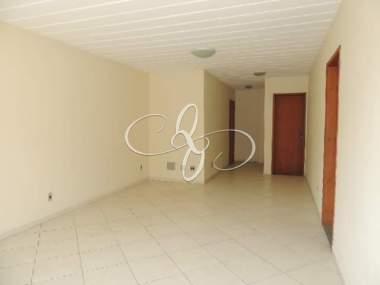 [CI 201] Apartamento em Nogueira, Petrópolis/RJ