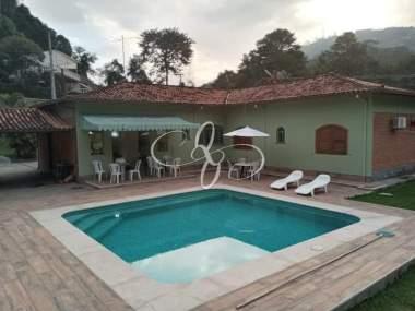 [CI 235] Casa em Itaipava, Petrópolis/RJ