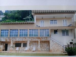 Comprar Casa em Petrópolis Vila Militar