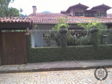 Comprar Casa em Petrópolis Samambaia