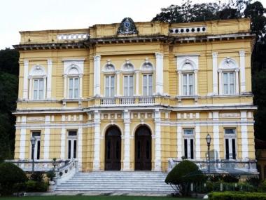 Apartamento em Vila Militar - Petrópolis/RO