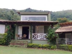 [SEC 2516] Casas e sítios em Secretário, Petrópolis/RJ