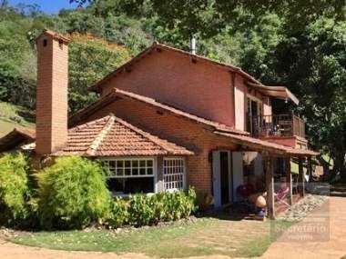 [SEC 2847] Casas e sítios em Secretário, Petrópolis/RJ