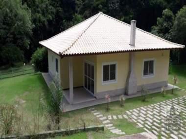 [SEC 3046] Casas e sítios em Secretário, Petrópolis/RJ