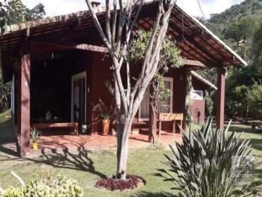 [SEC 2937] Casas e sítios em Secretário, Petrópolis/RJ
