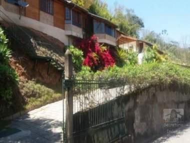 [SEC 13466] Casas e sítios em Itaipava, Petrópolis/RJ