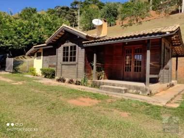 [SEC 548] Casas e sítios em Secretário e arredores, Petrópolis/RJ