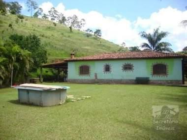 [SEC 3059] Casas e sítios em Secretário e arredores, Petrópolis/RJ